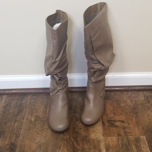 JG over the knee Boots NWT 7 M